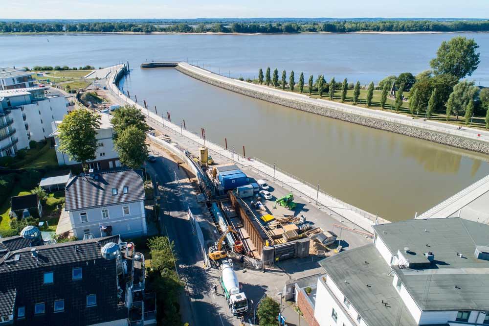 Hochwasserschutzwand in Wedel - Bauwerkinstandsetzung