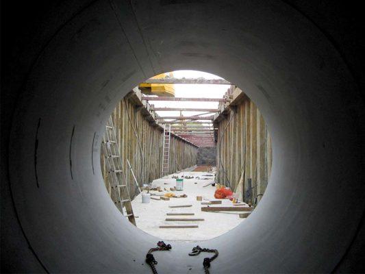 Stahlbetonleitung