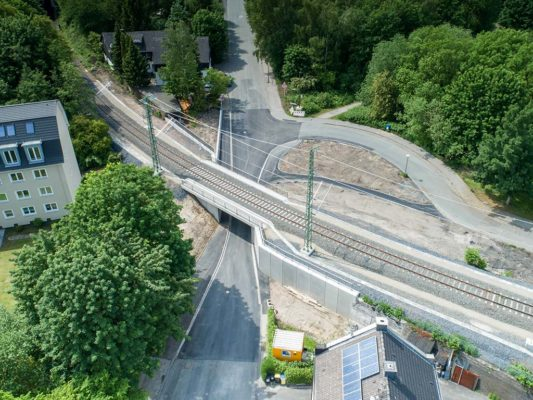 Eisenbahnüberführung Hallerey